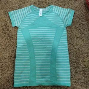 Girls athletic Ivivva shirt size M